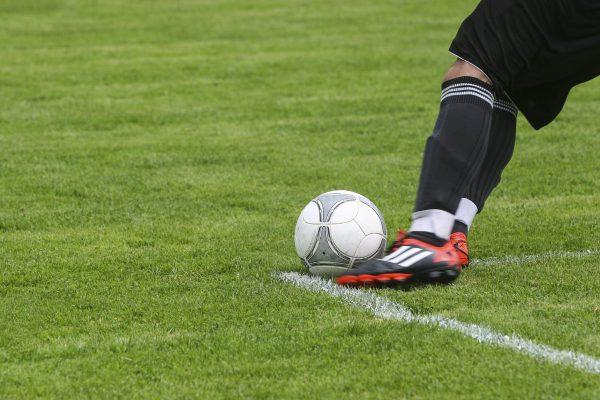 teknik main bola