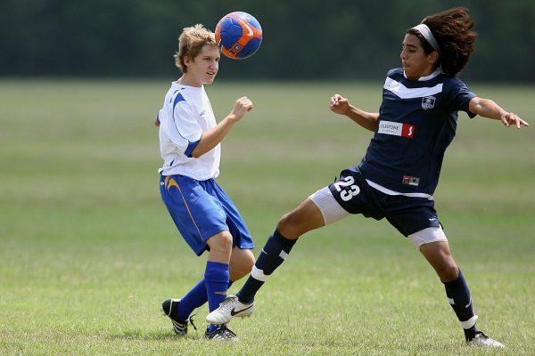 teknik permainan sepak bola